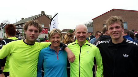 Bert Dykema with his running colleagues at the Haarleberg 10k event