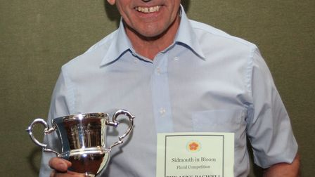 Mike Vine picked up the Sidmouth in Bloom Anne Bagwell Jubilee Cup on behalf of Alan Fowler. Ref shs