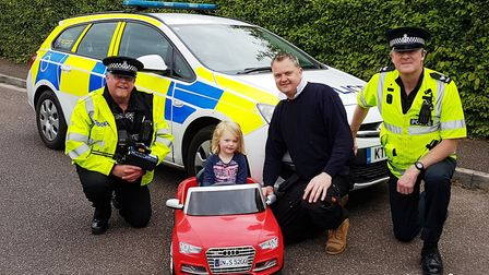 PC Steve Lee and Sergeant Andy Squires met Chris and little Olivia Haigh on their speed watch in New