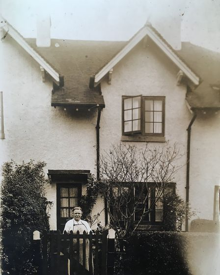 Dave O'Connor's family, Maude outside their home in Sid Park Road.