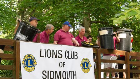 The Sidmouth Lions Great Duck Derby. Ref shs 28-17TI 7171. Picture: Terry Ife