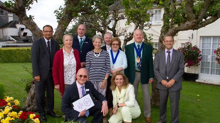 Sidmouth in Bloom members with Britain in Bloom judges Ian Beaney and Teresa Potter. Ref shs 32 17TI