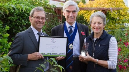Peter Endersby,John Dyson and Lynette Talbot with their awards from Britain in Bloom. Ref shs 44 17T