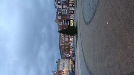 I was in Exmouth Strand, on a mild cloudy afternoon of Tuesday 21st November 2017, and the Christmas