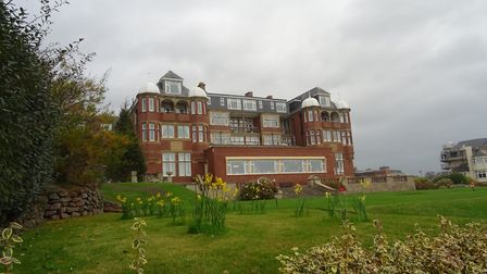 I noticed the daffodils were in bloom, at the Victoria Hotel, Sidmouth, on Wednesday 22nd November 2