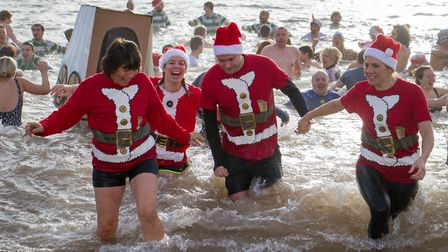 Boxing day swim in Sidmouth 2016. Ref shs 53-16TI 4489. Picture: Terry Ife