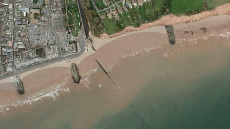 The preferred option in the Sidmouth beach management scheme is to construct one or two rock groynes