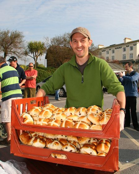 Sidmouth's 2000 hot cross bun giveaway at the Bedford car park in 2011. Picture: Alex Walton