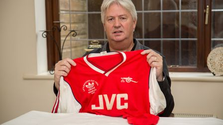 Steve Williams with his Arsenal top. Ref edr 03-18TI 4389. Picture: Terry Ife