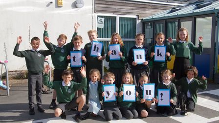 Ottery Primary School children say thank you. Ref sho 18 18TI 2131. Picture: Terry Ife