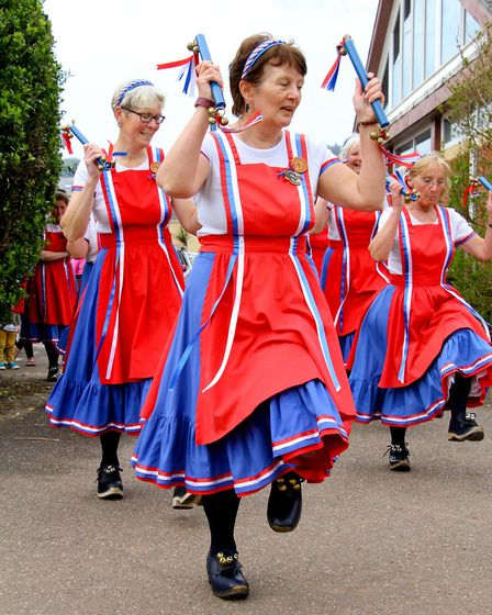 Sidmouth Sea Fest 2016. Sidmouth Steppers give a dance demonstration. Ref shs 19-16AW 6540. Picture: