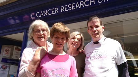Slimming World members have raised £2,200 for Cancer Research UK by donating 88 bafs of clothing to