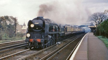 34010 Sidmouth passing Raynes Park station in November 1963. (c) Mike Morant