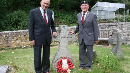John Hill and Dave O'Connor laid soil from the battlefield at the memorial to Lt Col Anderson-Morshe