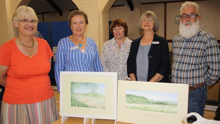 Janice Falkner, Cllr Cathy Gardner, Desley Jones, Cllr Marianne Rixson and John Loudon with the pain