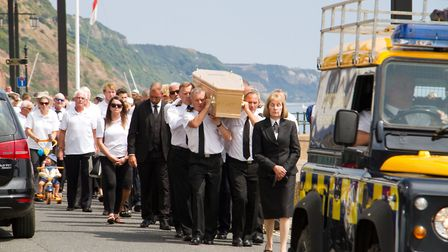 Alan 'little Al' Phillips funeral. Ref shs 30 18TI 8758. Picture: Terry Ife