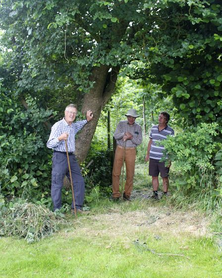 Bob with Ben Porter and Arboretum Chair, Jon Ball. Picture: Diana East