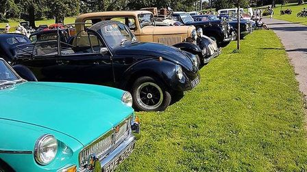 Classic cars at Chanters House