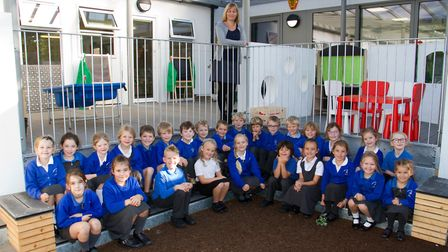 Children and staff at Sidbury Primary school using their new classrooms. Ref shs 41 18TI 2273. Pictu