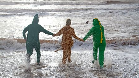 Sidmouth boxing day swim. Ref shs 8747-53-15TI. Picture: Terry Ife