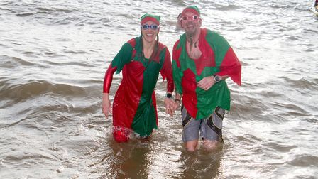 Sidmouth Boxing Day swim. Ref shs 52 18TI 7601. Picture: Terry Ife
