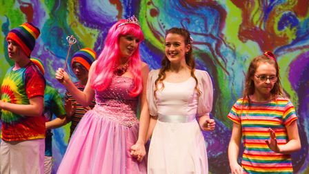 Sidmouth Youth Theatre put on a production of Wiz. shs 06 19TI 9267. Picture: Terry Ife