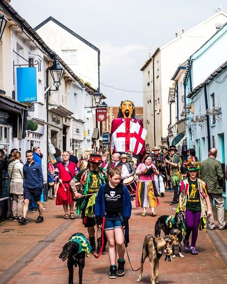 George the giant makes his way through the town. Picture: Contributed