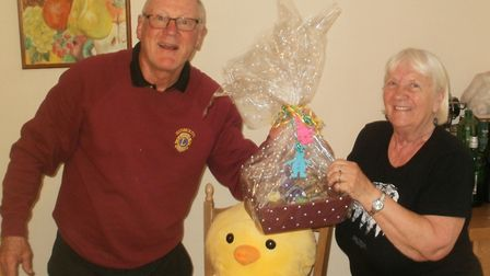 Blue Ball 3rd prize winner Carole Thorne with Lion Richard.