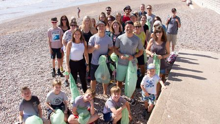 Sidmouth beach clean up with Mindful Chefs Myles Hopper and Giles Humphries. Ref shs 38 19TI 9846. P
