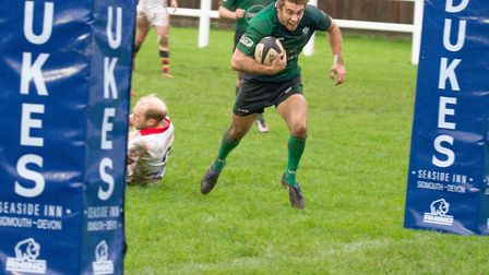 Sidmouth Chiefs win at home to Newton Abbot by 32 points to 9. Ref shsp 44 19TI 2758. Picture: Terry