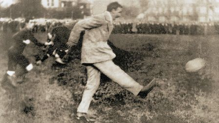 MP Arthur Clive Morrison-Bell starting a game at the Blackmore. Picture: TERRY O'BRIEN