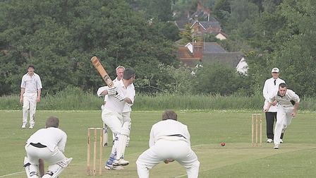 P2705-24-08TI Whimple v OSM. Sidmouth bowler - Unknown..photo Terry Ife