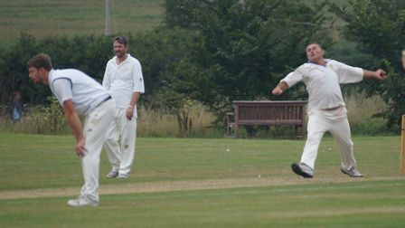 Mark Channon bowling for Tipton in the meeting with Stokeinteignhead. Picture: PHIL WRIGHT