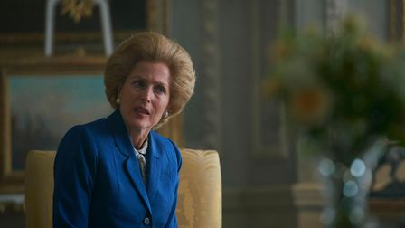 Margaret Thatcher (GILLIAN ANDERSON) in The Crown