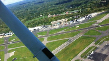 Looking down at the Panorama ramp at Westchester County Airport, downwind for Runway 29