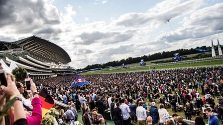 WIN 2 VIP RACE CLUB tickets for SUNDAY 16th AUGUST