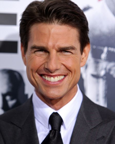 Tom Cruise has held a pilot licence since 1994