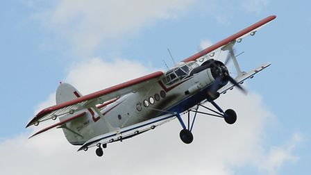 For all of the An-2's mass, it is capable of quite a sprightly non-aerobatic display routine, the 1,