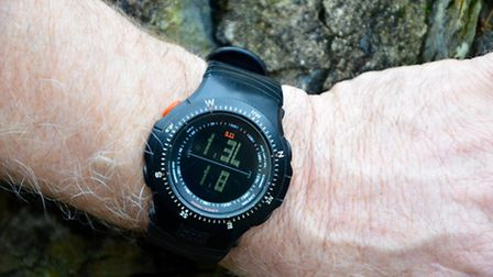 april shoot better Shows the watch in Horus mode. Set for BC 0.34, velocity 800mps, zero range 10