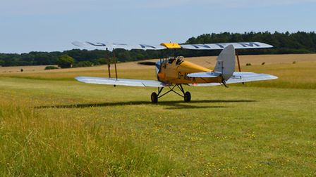 'Liz Inwood Taildragger Scholarship' announced by Vintage Aircraft Club