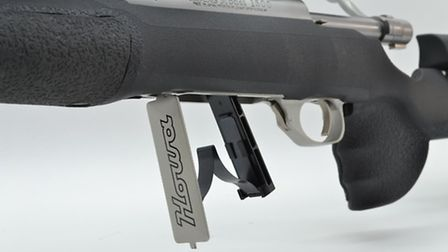 Internal magazine with drop down floor plate holds 5 rounds
