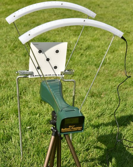 Having the chronograph right in front of the target card allows precise velocity readings