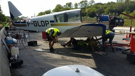 Engineers dismantled the aeroplane so it could be removed   Twitter, @VINCIAutoRoutes