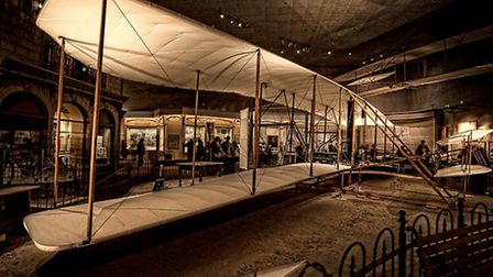 A replica of the 1903 Wright Flyer in the Smithsonian | casajump, Flickr CC 2.0
