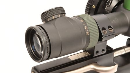 The occular bell carries the magnifiaction ring, focus adjuster and the dial for reticle illuminatio