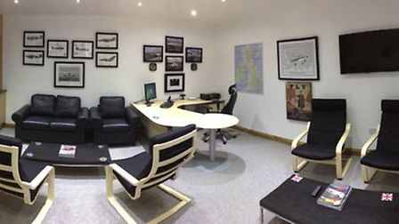 With Pilots Lounge Facilities