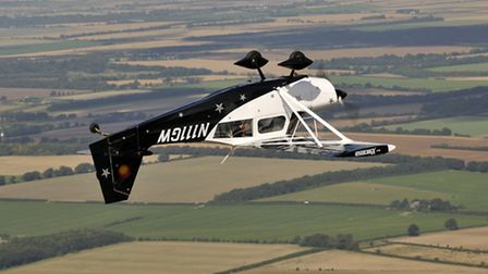 Serious upside-down flying capability, thanks to the engine's inverted systems and the Decathlon's s