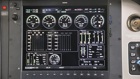 Right-hand screen in multi-function display mode, displaying engine parameters etc