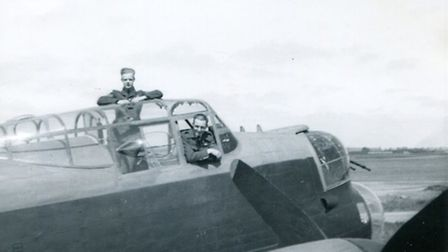 Alec Cowan (top) and Rusty at Ludford Magna in 1944