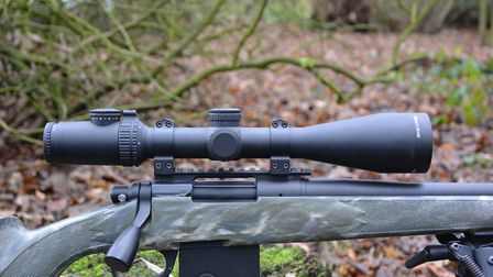 AccuPower® 4-16x50 Riflescope MOA Crosshair with Red LED